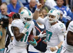 Mike Wallace et RYan Tannehill des Dolphins