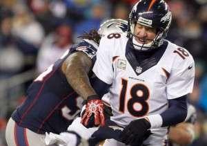 Peyton-Manning-Broncos-Sack