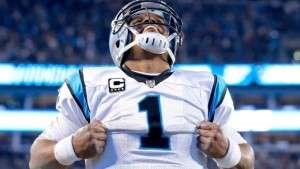 Cam Newton remporté le titre de joueur offensif de l'année dans la NFL et celui du joueur le plus utile à son équipe